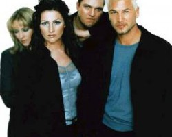 На фото Ace Of Base